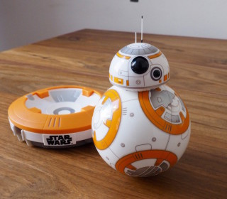 STAR WARS : Un Sphero droïde BB-8