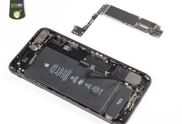 carte mère iphone 8